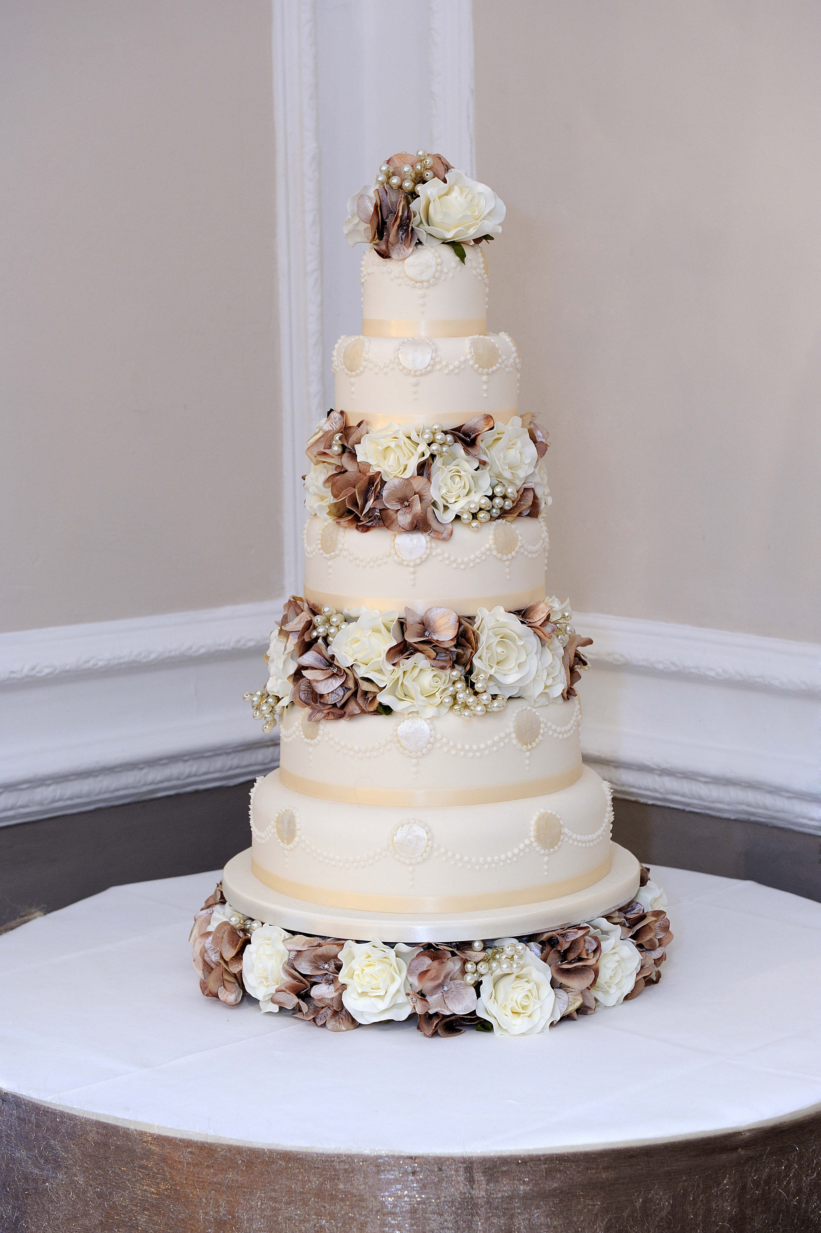 Unique Award Winning Wedding Cake Designs