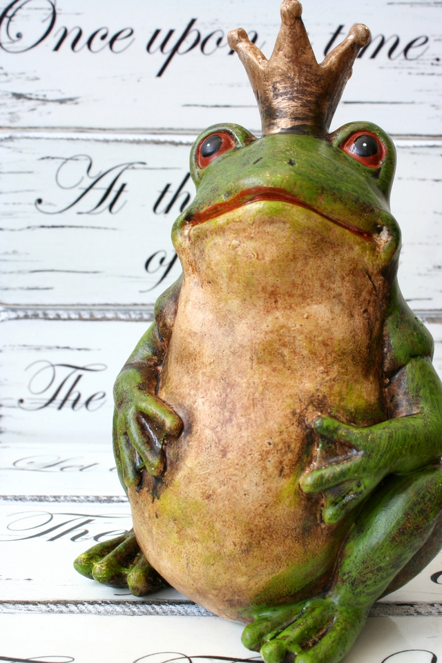 english real wedding frog prince