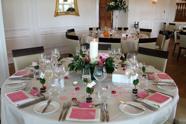 english real wedding pink venu