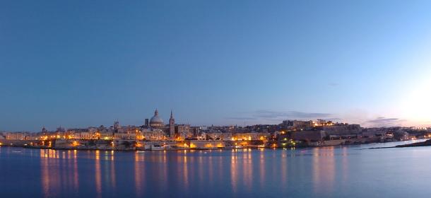 View of Valletta from Sliema_Night