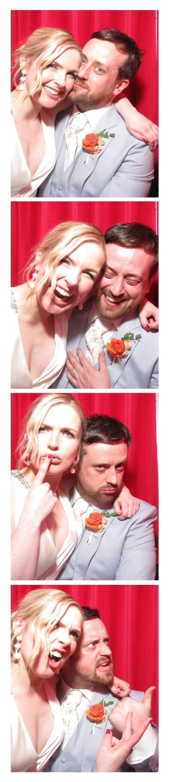 http://www.snaparazziphotobooths.co.uk