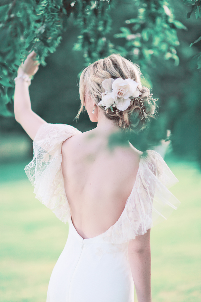 fresh flower wedding hair style Sanshine Fine Art Wedding Photographer Hertfordshire London UK