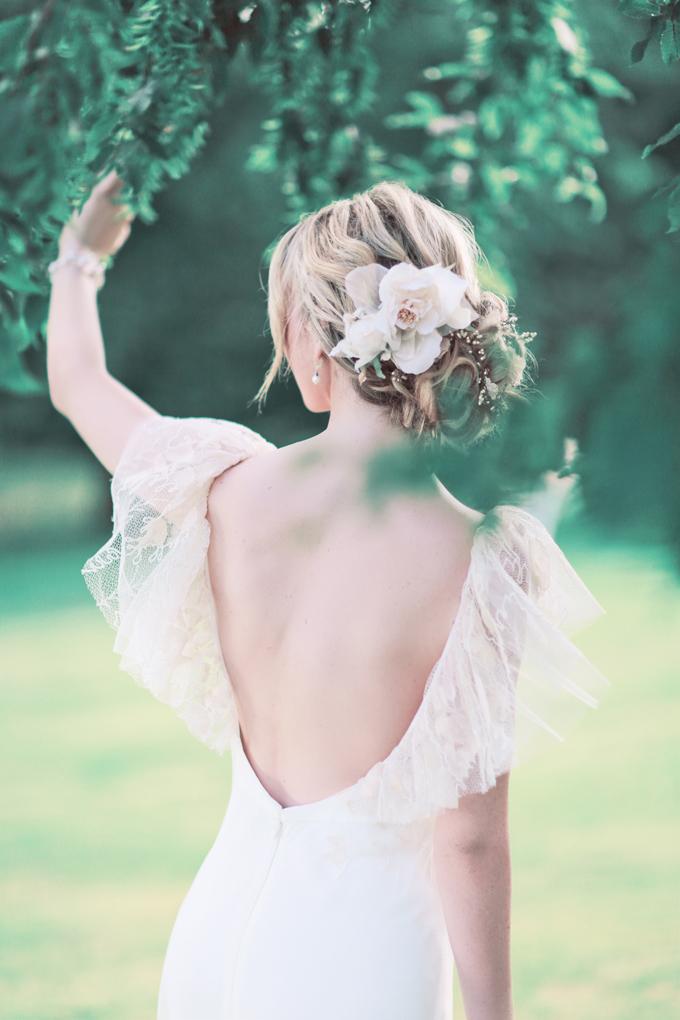 fresh flower wedding hair style Sanshine Fine Art Wedding Photographer Hertfordshire London UK