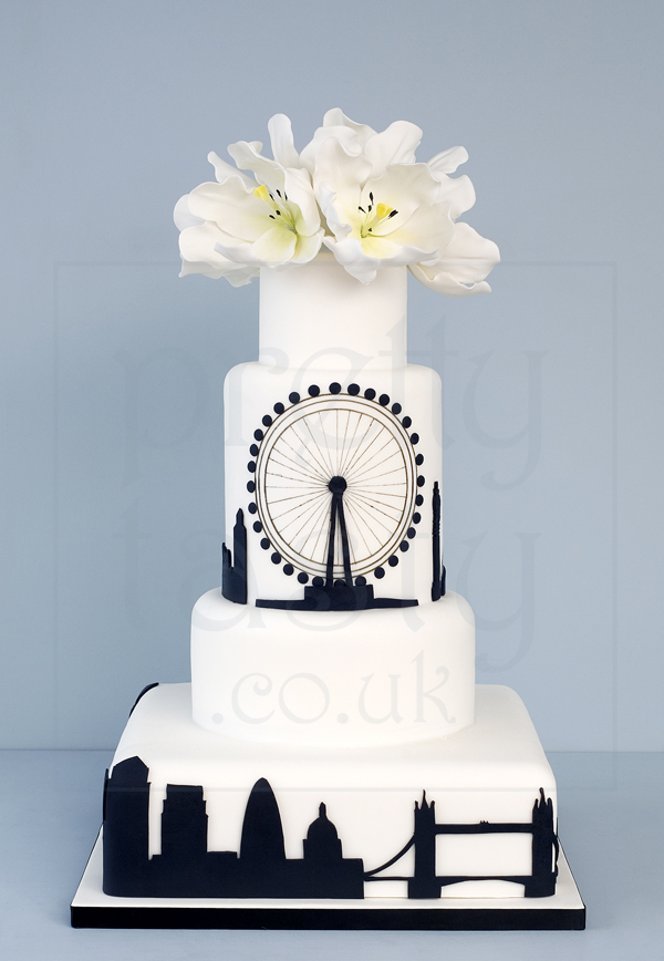 City Chic wedding cake black and white- Pretty Tasty