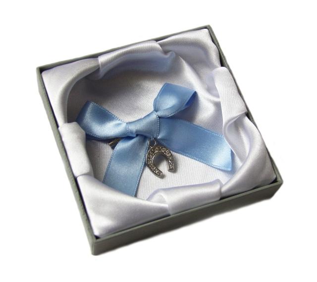 Horseshoe bouquet charm UK ayedo wedding accessories