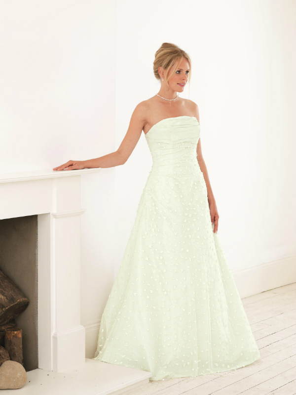 Pastle Green Bridesmaid Colour Me Beautiful Be A Beautiful Bride low res