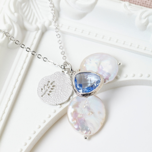 Aquamarine Cluster Necklace by Misskukie