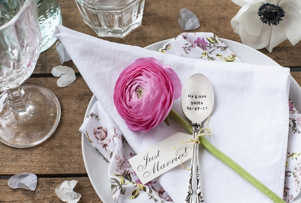 personalised wedding gifts the cutlery commission UK