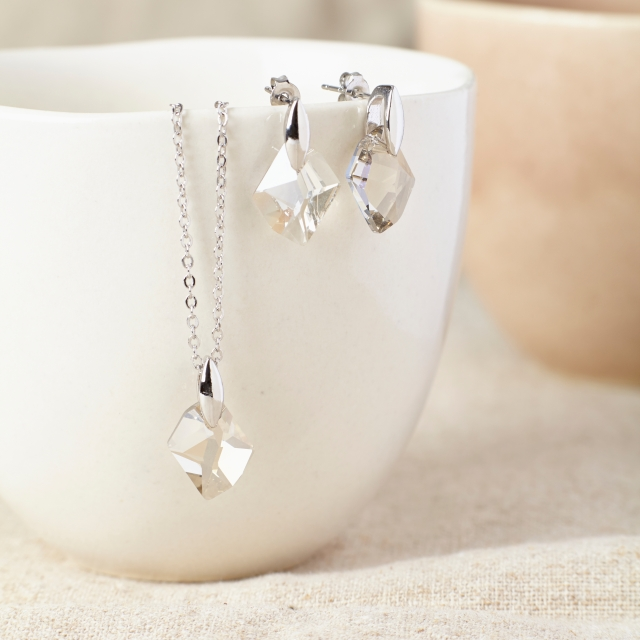 Silver Swarovski wedding jewellery Set  uk