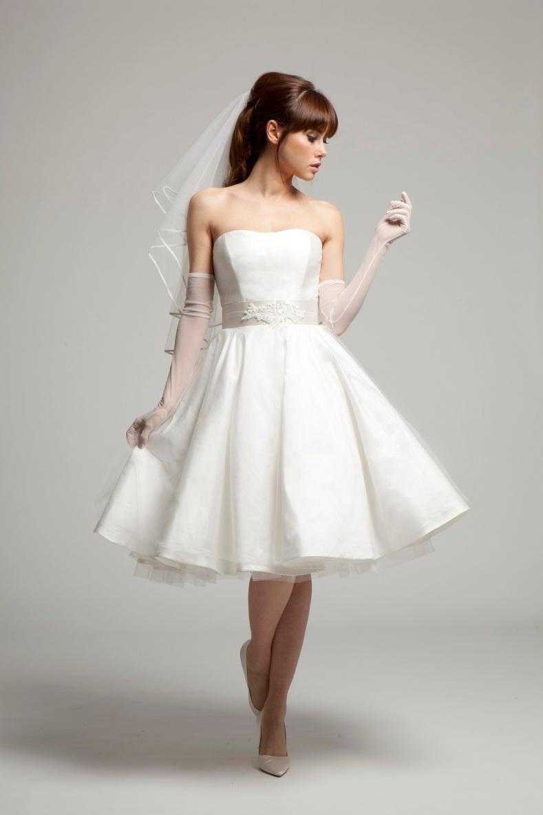 grace 50 style wedding dress melanie potro uk